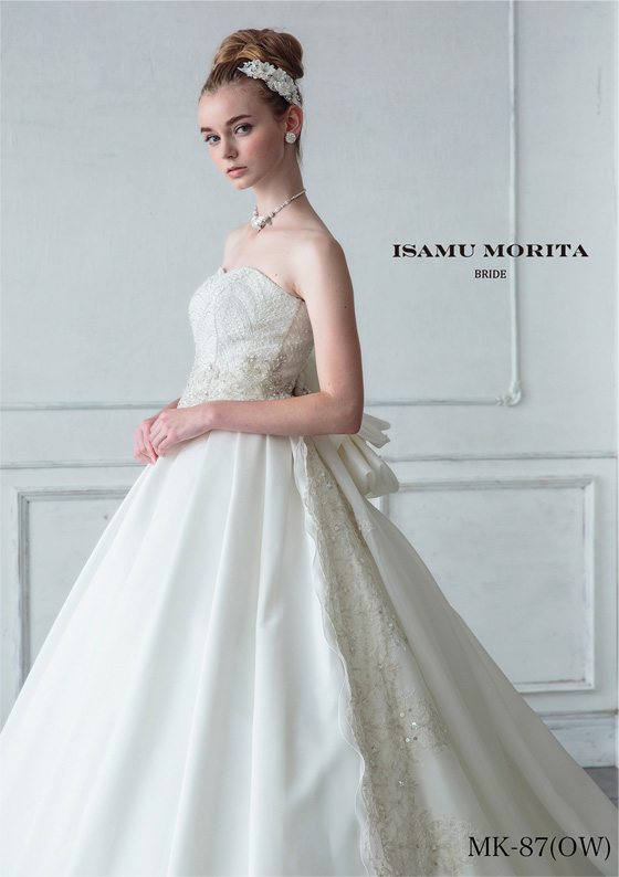 White dressの画像3
